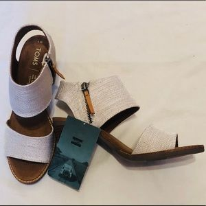 NWT NIB TOMS Majorca Cutout Sandal Size 7